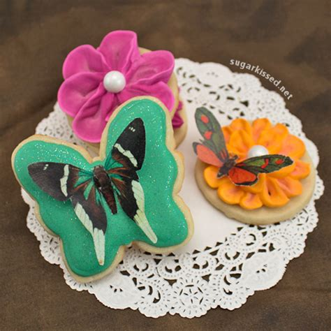 butterfly cookies butterfly cakes wafer paper tutorial butterfly cookies made with wafer paper