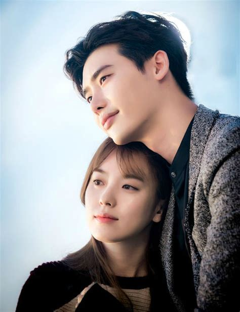 W Two World Drama Korea 4disc looking for answers from w writer song jae jung 187 dramabeans korean drama recaps w two worlds