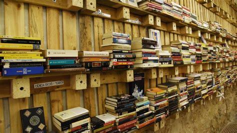 libreria low cost librer 237 as low cost una nueva vida para los libros