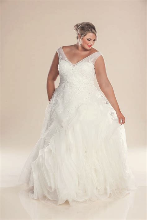 designer plus size wedding dresses bridal