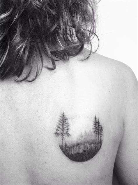 small shoulder blade tattoos 1000 ideas about tree designs on raies