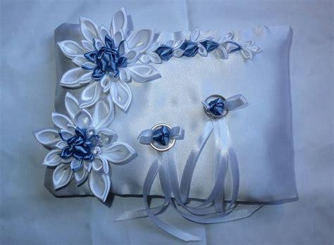 cuscino portafedi fiori cuscino portafedi con fiori kanzashi colore bianco e