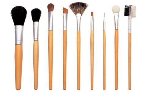 Brush Makeup 5 easy ways to do your makeup without brushes
