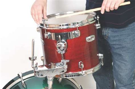 tutorial tuning drum 17 seriously useful drum tuning tips drum tuning drum