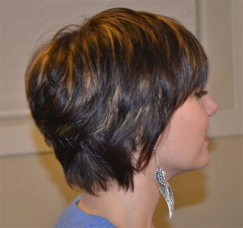 Coupe Sur Cheveux Court by Coiffure Cheveux Courts Carre Plongeant Les Tendances