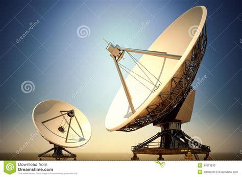 antenas parab 243 licas fotos de archivo imagen 31013293