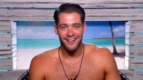 celebrity love island uk love island s jonny mitchell confirmed for celebrity big