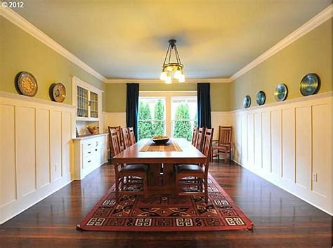 Craftsman Wainscoting 2405 Ne 45th Ave Portland Or 97213 Zillow The O Jays