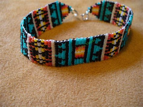 beadwork bracelet loom square stitch beaded