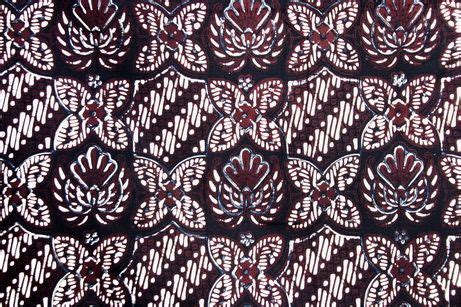 Dress Batik Sogan Motif pin by has on batik collections