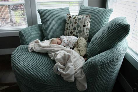 perfect cuddling couch 17 best ideas about cuddle chair on pinterest swivel