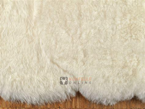 Lammfell Teppich 185 X 170 Cm Creme Weiss Kuhfell Shop Eu