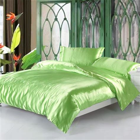 satin bedding sets best 25 satin bedding ideas on pinterest chagne