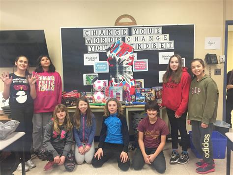 Salvation Army Toy Giveaway 2017 - nobel students donate toys to the salvation army for christmas my parry sound now
