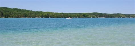 lake michigan beach house rentals torch lake vacation torch lake michigan vacation rental