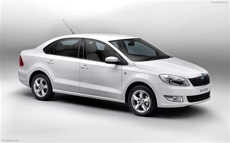 skoda rapid 2012 widescreen car wallpapers 02 of