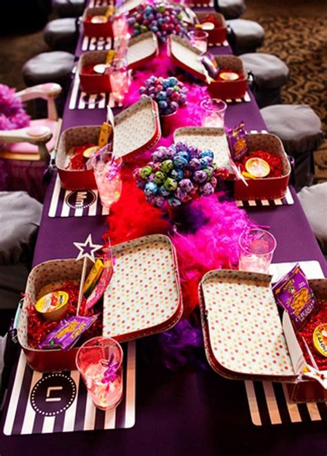 how to entertain 12 great ways to entertain the ones at your wedding