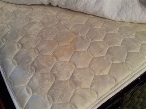 Uncomfortable Mattress by Yellow Stain On Uncomfortable Mattress Foto Di Fort