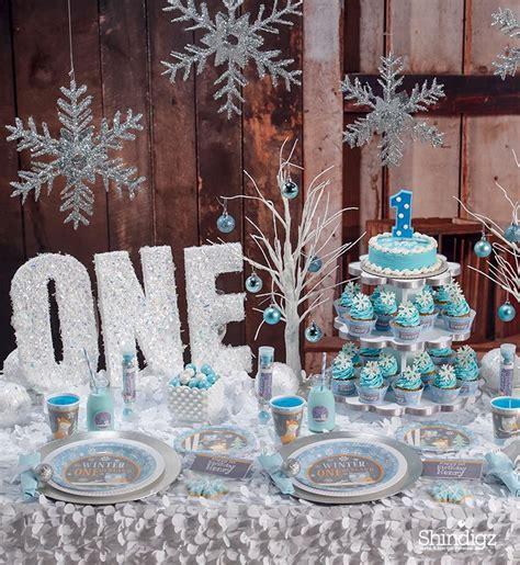 winter 1st birthday centerpieces beautiful winter onederland birthday feelings birthdays and winter