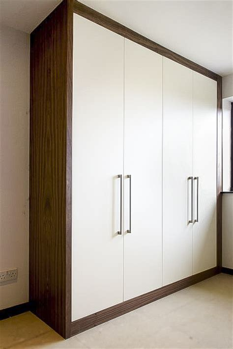 fitted contemporary wardrobes