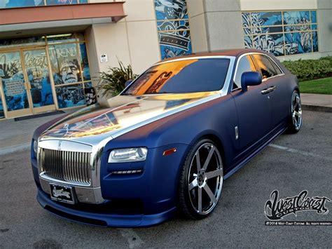 sriracha car west coast customs showroom wcc showroom the world famous west coast