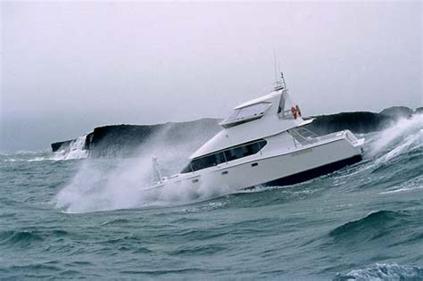 best boat for rough seas rough seas ocean currents and tides te ara
