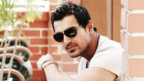 john abraham download free hd wallpapers of john abraham