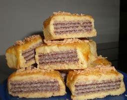 cara membuat kue kering isi wafer tango resep cara membuat kue kering wafer coklat nikmat