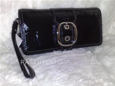 Coach Bleecker Floral Clutch Wristlet by Pattutoo Coach 43371 Black Bleecker Leather Wristlet Clutch