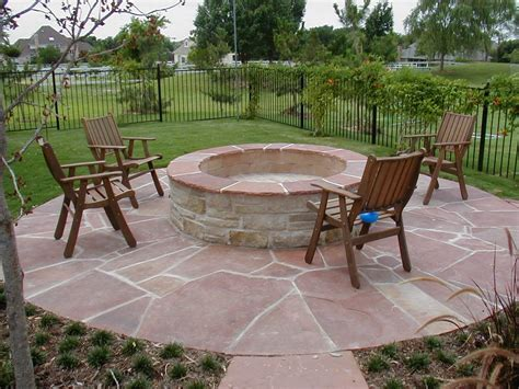 Patio With Firepit Outdoor Grills Fireplaces Firepits On Pinterest Pits Propane Pits And Outdoor