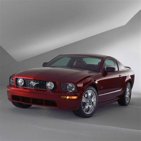 2005 Ford Mustang Gt by Ford Mustang 2005 Present 5th Generation Amcarguide