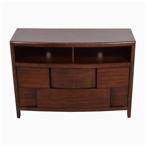 raymour and flanigan china cabinet 50 off ikea ikea red hemnes 3 dresser storage