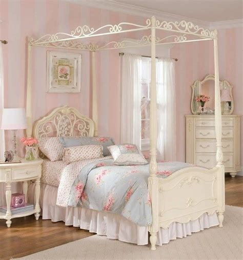 shabby chic 4 poster bed my dream bedroom pinterest jessica mcclintock twin and metals