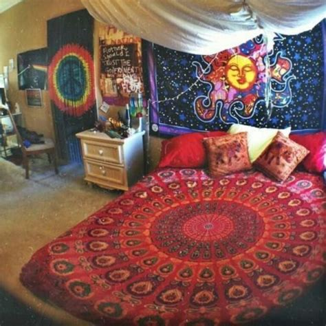 Indie Bedrooms help find tumblr bed set on the hunt