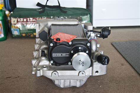 lincoln aviator supercharger installed a kenne bell 2 1 supercharger