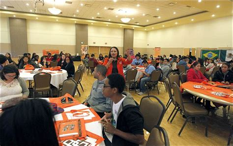 Bowling Green Mba Admissions by Aggressive Bgsu Program Courts Prospective Students
