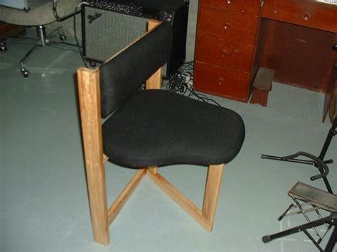 knie stuhl chair