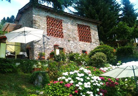 toskanisches haus toskana ferienhaus mit pool eingez 228 unter garten