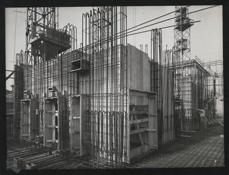 pirelli sede costruzione centro pirelli 3 aprile 1957 foto publifoto