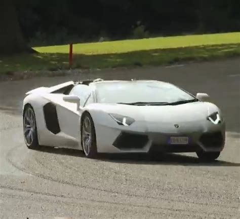 How Fast Is The Lamborghini Aventador Which Lamborghini Aventador Is The Best The Coupe Vs The