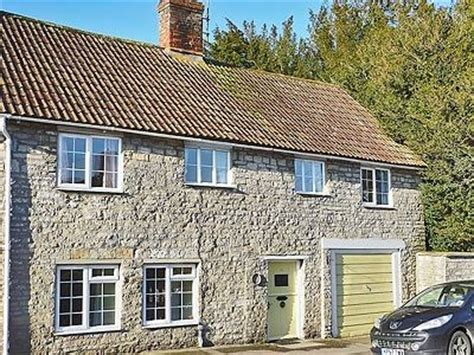 Cottages Yeovil by Cottage Yeovil Reviews And Information