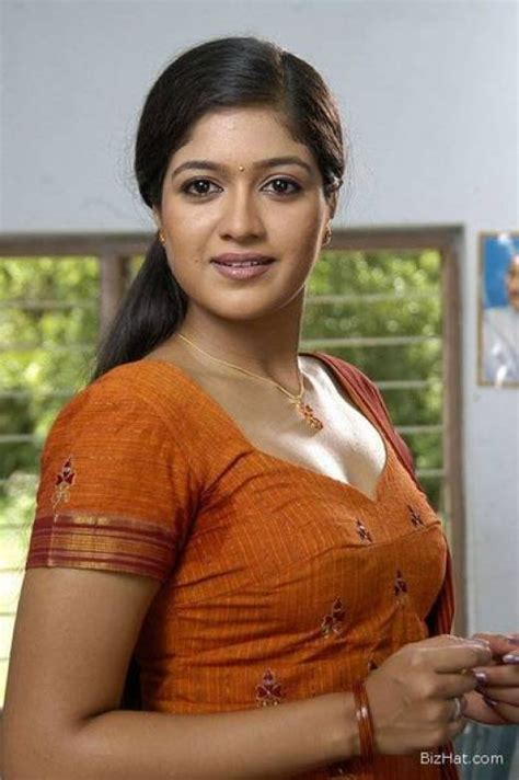abhirami television actress infotainment hub abirami hot 2011