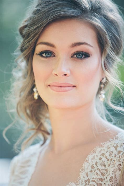 30 Gorgeous Wedding Makeup Looks   Mon Cheri Bridals