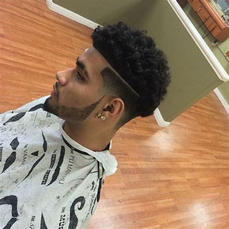 7 Model Rambut Pria by 7 Model Potongan Rambut Untuk Pria Keriting Banyak