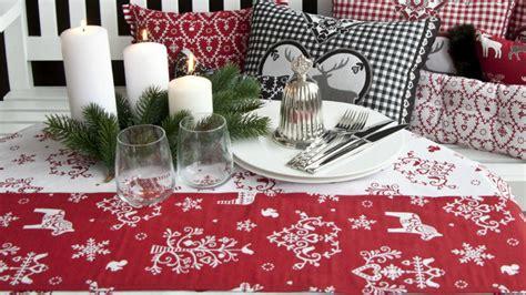 tavole decorate per natale dalani runner natalizi decorazioni per la tavola di natale