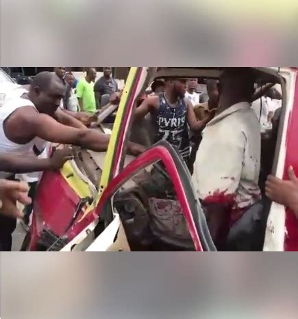 photos of ghastly motor accident in benin city after two