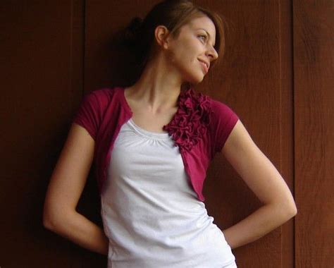 t shirt shrug pattern old tee to shrug women style pinterest by ruffles