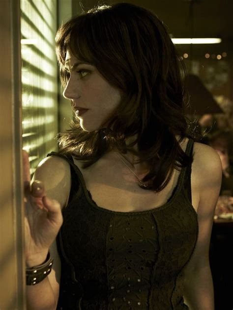 tara sons of anarchy hair color maggie siff as tara knowles sons of anarchy pinterest