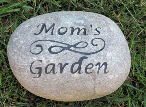 Alized Garden Stone For Mom  Ee  Dad Ee   I H Garden