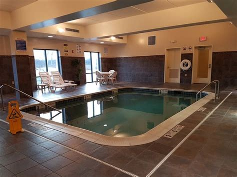 comfort inn and suites cicero ny comfort suites cicero syracuse north updated 2017 hotel